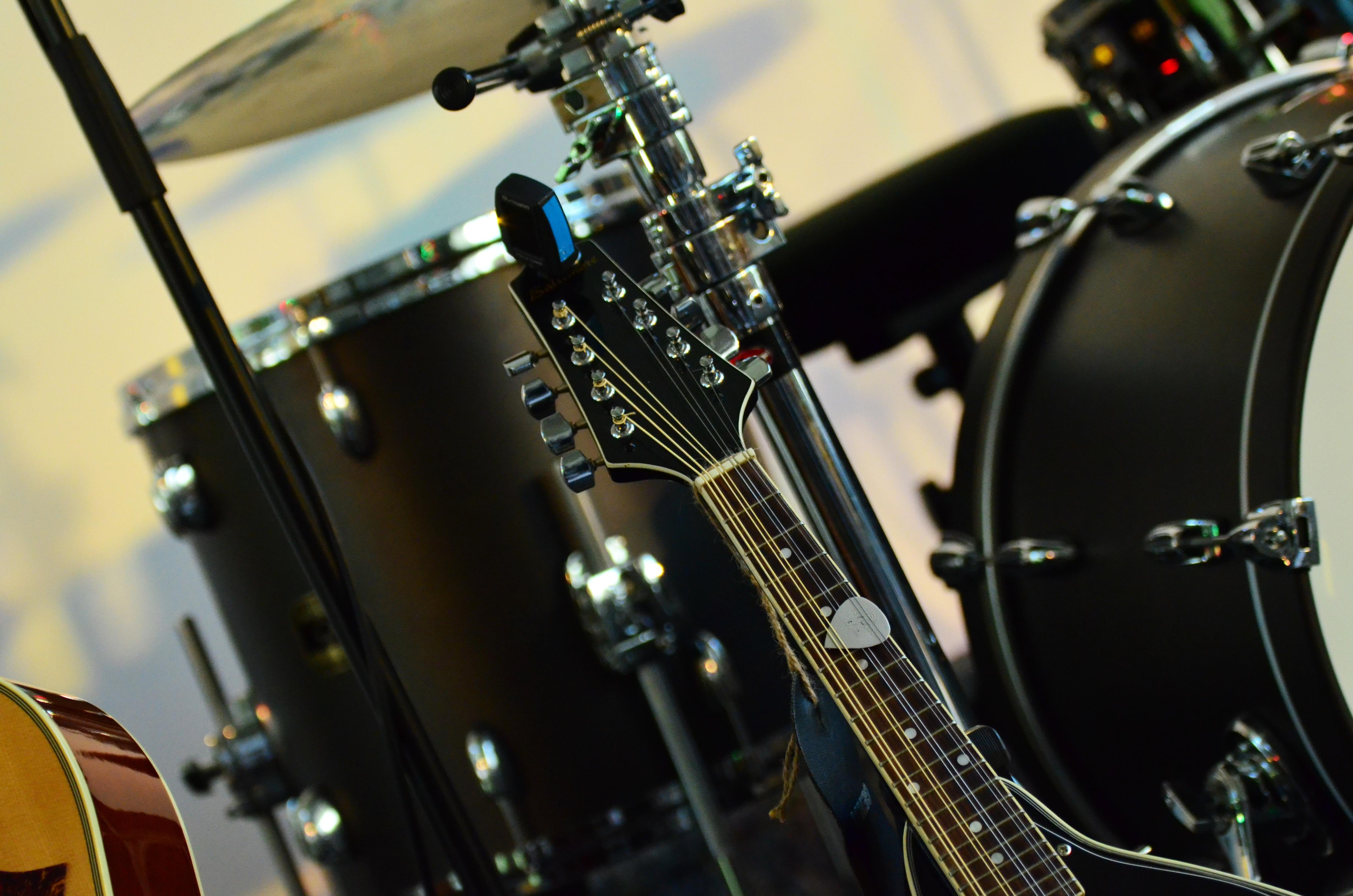 drums 1559727746