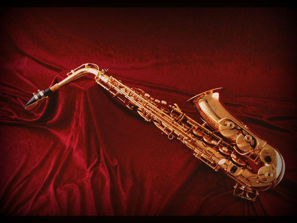 Descubre la elegancia de la musica con el saxofón